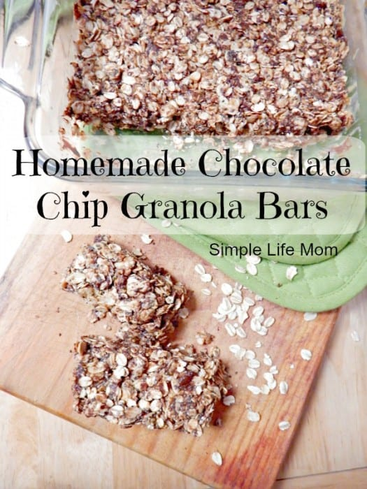 Homemade Chocolate Chip Granola Bars with Chia Seeds for added protein. Add honey (if needed), peanut butter, coconut oil and oats and you're done! Quick and Easy Snack Idea! from @SimpleLifeMom