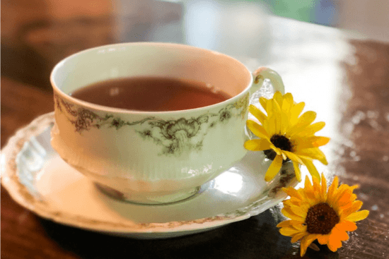 Homestead Blog Hop Feature - 19-Uses-For-Calendula-Tea